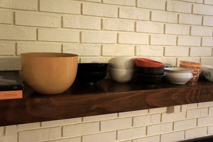 dishes on fireplace mantel from https://test.pleasepassthepeas.com