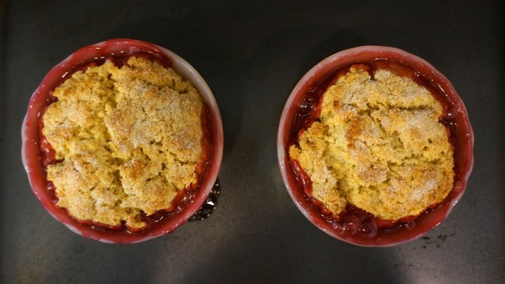 Mini rhubarb cobblers fresh from the oven from http://www.pleasepassthepeas.com